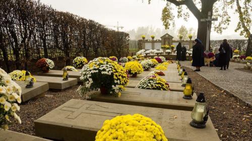 Modlitwa za zmarłych, Sanktuarium w Krakowie-Łagiewnikach, 1 listopada 2019. Foto M. Pabis