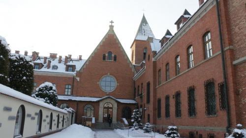 Zima w Sanktuarium Bożego Miłosierdzia w Krakowie-Łagiewnikach, styczeń 2021